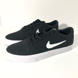 New NIKE SB Charge Canvas Men's Size 10